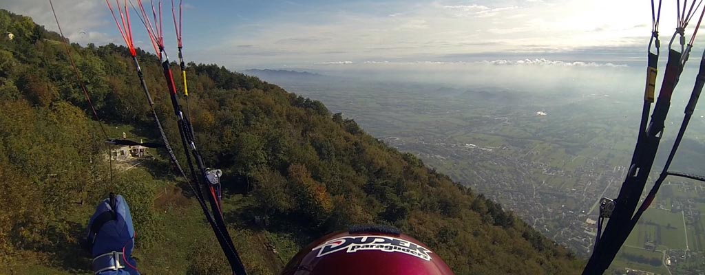 Gleitschirmvideos Italien Bassano Semonzo auf area28 Awesome Paragliding Videos Italy on area28